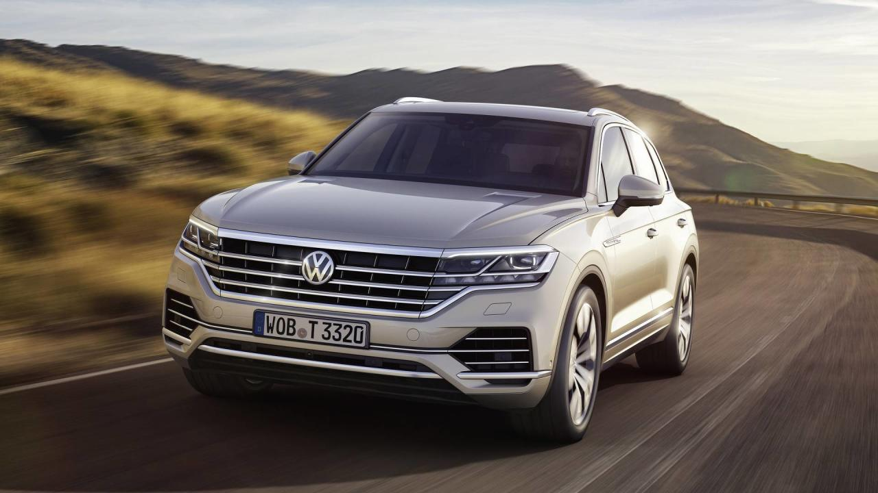 "<p>Billed as being a ""high-tech flagship"" for the <a rel=""nofollow"" href=""https://www.motor1.com/volkswagen/"">Volkswagen</a> core brand, the revamped Touareg aims to push the midsize SUV into premium territory with its plethora of systems. Some boost safety, others improve off-road capabilities, and there are a few more to increase comfort and ride quality. There's also the media's favorite topic these days, the completely new ""Innovision Cockpit"" combining a 12-inch driver's display with a massive 15-inch touchscreen.</p> <p>Beyond the gadgets, the 2019 VW Touareg aims to lure in buyers with its bigger body bringing a more spacious interior cabin without an increase in weight. In fact, the MLB Evo platform has cut 106 kilograms (234 pounds) by using aluminum for almost half of the body's construction. Factor in the turbodiesel 4.0-liter V8 engine with 421 horsepower (310 kilowatts) and a monstrous 900 Newton-meters (664 pound-feet) of torque, there's a lot to like about the new <a rel=""nofollow"" href=""https://www.motor1.com/volkswagen/touareg/"">Touareg</a>. Well, maybe except for the fact it won't be coming to the United States.</p> <p>To rub salt into the wound, here's our pick of the top 10 tech features available for VW's new crown jewel of the range.</p>  <h2>More about the all-new Touareg:</h2> <ul> <li><a rel=""nofollow"" href=""https://www.motor1.com/news/237013/2019-vw-touareg-revealed/"">2019 VW Touareg Adds Tech And Luxury While Slashing Weight</a></li> <li><a rel=""nofollow"" href=""https://www.motor1.com/news/237077/2019-vw-touareg-videos/"">New VW Touareg Detailed On Video Showing Fresh Design, Huge Screen</a></li> <li><a rel=""nofollow"" href=""https://www.motor1.com/news/237118/2019-vw-touareg-side-by-side/"">2019 VW Touareg: See The Changes Side By Side</a></li> <li><a rel=""nofollow"" href=""https://www.motor1.com/news/237762/vw-employees-check-out-touareg/"">VW Employees Given The Opportunity To Check Out The New Touareg</a></li> </ul> <br>"