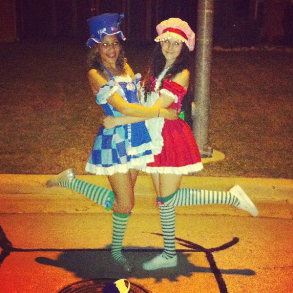 20 costume ideas for best friends, because obviously you guys need to match for Halloween