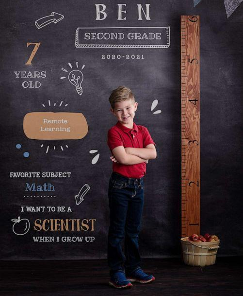 PHOTO: 7-year-old Ben poses for a back to school photo. (Beth DeMund Photography)