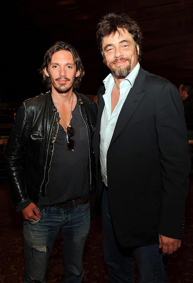 """Think Lukas Haas and Benicio del Toro could benefit from some of Carson's styling tips? Denise Truscello/<a href=""""http://www.wireimage.com"""" target=""""new"""">WireImage.com</a> - October 3, 2009"""