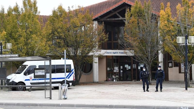 Police detain 10 people over beheading of French teacher in Paris suburb
