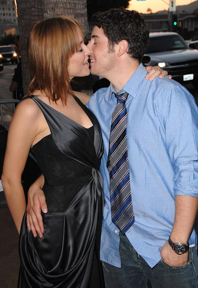 """American Pie"" alum Jason Biggs gets some sugar from his wife, actress Jenny Mollen, at the premiere of his latest film, ""My Best Friend's Girl."" Steve Granitz/<a href=""http://www.wireimage.com"" target=""new"">WireImage.com</a> - September 15, 2008"