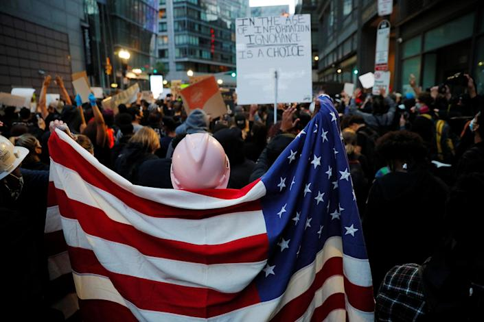 Protestors rally against the death in Minneapolis police custody of George Floyd in Boston (Brian Snyder / Reuters)