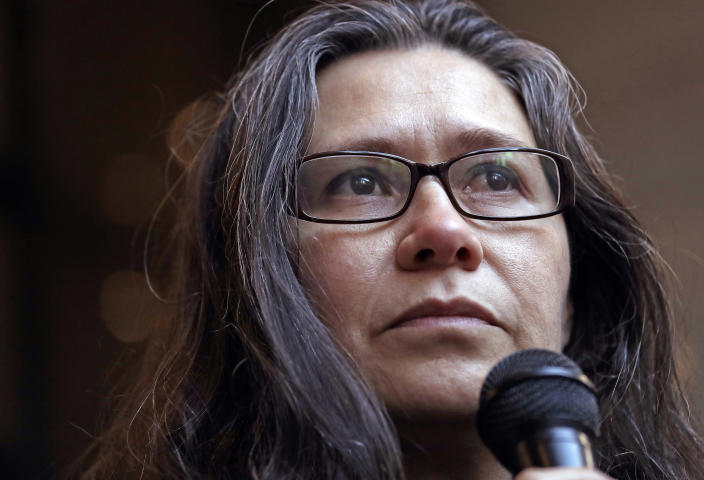 Maru Mora-Villalpando at a news conference where it was announced that the longtime activist for illegal immigrants in the Northwest is now facing deportation herself, in Seattle on Jan. 16, 2018. (Photo: Elaine Thompson/AP)
