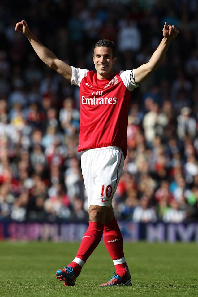 <p>The Dutch striker scored 30 goals in 38 games during his last season with Arsenal. This impressive performance was not enough to lead them to another League title, as they only finished third. </p>