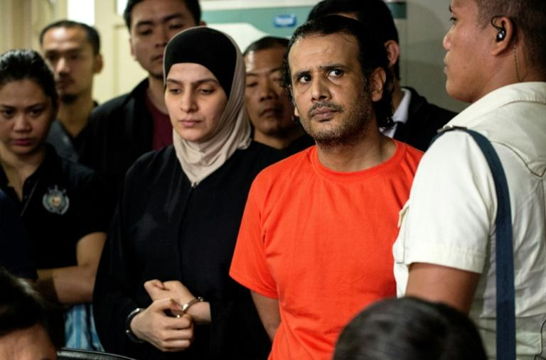 Philippine authorities  say they foiled a possible terror attack after arresting a Kuwaiti man and his Syrian wife, both alleged members of the Islamic State (IS) group