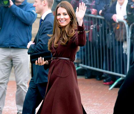 """Kate Middleton Is """"Feeling Great,"""" Embracing Her Pregnant Body"""