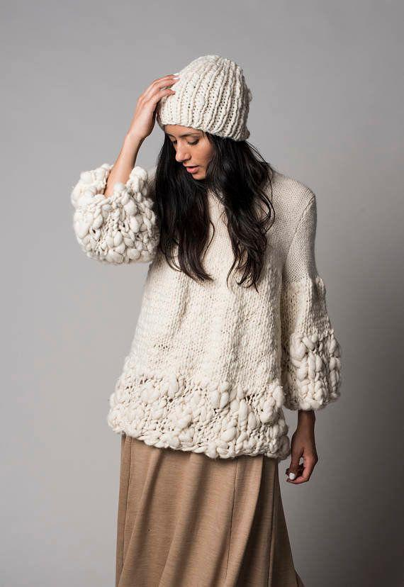 """Claudia Rosillo weaves together her love of nature with her family's farming heritage to make <a href=""""https://www.etsy.com/shop/texturable?ref=l2-shopheader-name#about"""" target=""""_blank"""">handwoven, sustainable textures made from merino wool felt and recycled hosiery</a>."""