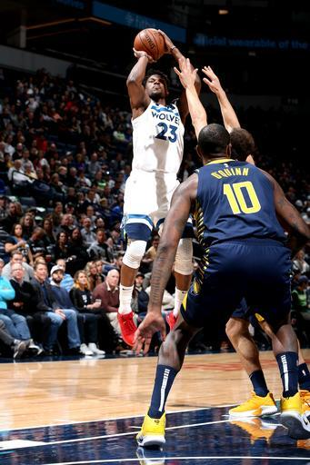 Wolves clamp down on defense in 101-91 win over Pacers