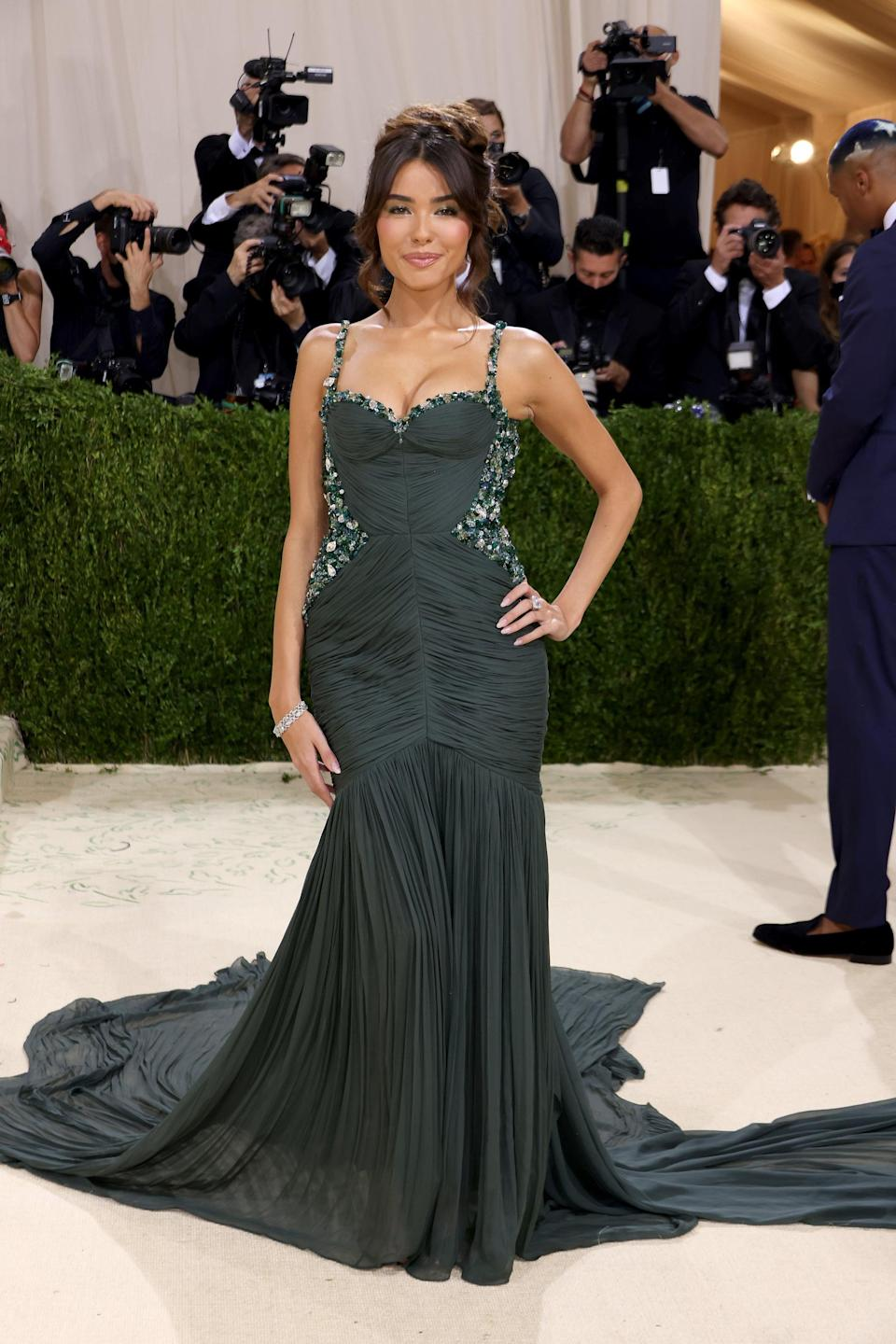 <p>Wearing a One/Of by Patricia Voto dress and Stuart Weitzman heels with Lorraine Schwartz jewels. </p>