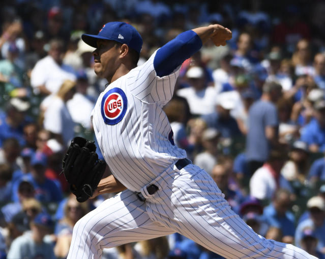 Chicago Cubs starting pitcher Jose Quintana (62) throws the ball against the Milwaukee Brewers during the first inning of a baseball game, Friday, Aug. 2, 2019, in Chicago. (AP Photo/David Banks)