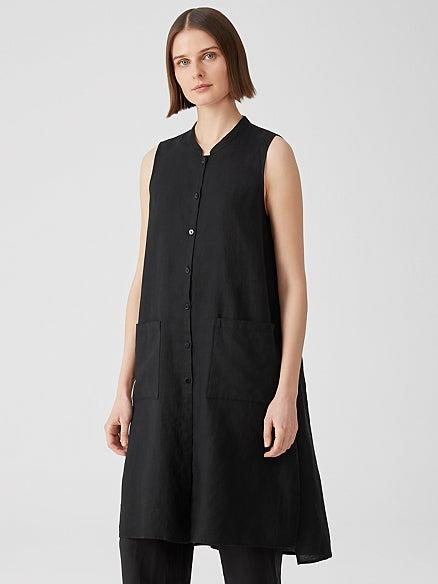 """<h2>Eileen Fisher</h2><br>Our mom's favorite brand is quickly becoming <em>our</em> favorite brand — and not just because of its holistic socially and environmentally conscious <a href=""""https://www.eileenfisher.com/fair-trade/fair-trade-overview/"""" rel=""""nofollow noopener"""" target=""""_blank"""" data-ylk=""""slk:mission"""" class=""""link rapid-noclick-resp"""">mission</a>. Eileen Fisher's quietly elegant, wear-forever pieces — like this button-front linen tunic — are a testament to one of the most sustainable things about the company: that they design timeless wardrobe staples that are meant to stay in the rotation for a long time.<br><br><em>Shop <strong><a href=""""https://www.eileenfisher.com/fair-trade/fair-trade-overview/"""" rel=""""nofollow noopener"""" target=""""_blank"""" data-ylk=""""slk:Eileen Fisher"""" class=""""link rapid-noclick-resp"""">Eileen Fisher</a></strong></em><br><br><strong>Eileen Fisher</strong> Organic Handkerchief Linen Long Shirt, $, available at <a href=""""https://go.skimresources.com/?id=30283X879131&url=https%3A%2F%2Fwww.eileenfisher.com%2Forganic-handkerchief-linen-long-shirt-s1ola-t5733%23colorid%3D1958"""" rel=""""nofollow noopener"""" target=""""_blank"""" data-ylk=""""slk:Eileen Fisher"""" class=""""link rapid-noclick-resp"""">Eileen Fisher</a>"""