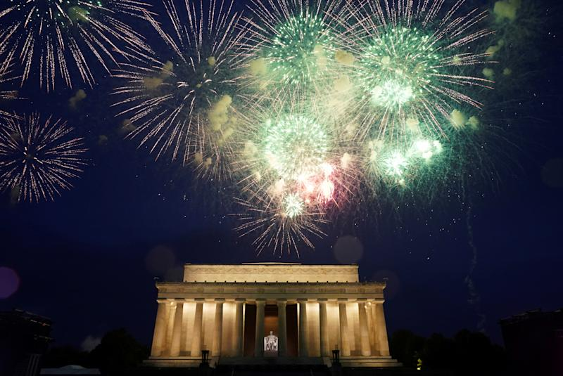 Fireworks are seen over the Lincoln Memorial during Fourth of July Independence Day celebrations in Washington, D.C. on July 4, 2019. (Photo: Joshua Roberts/Reuters)