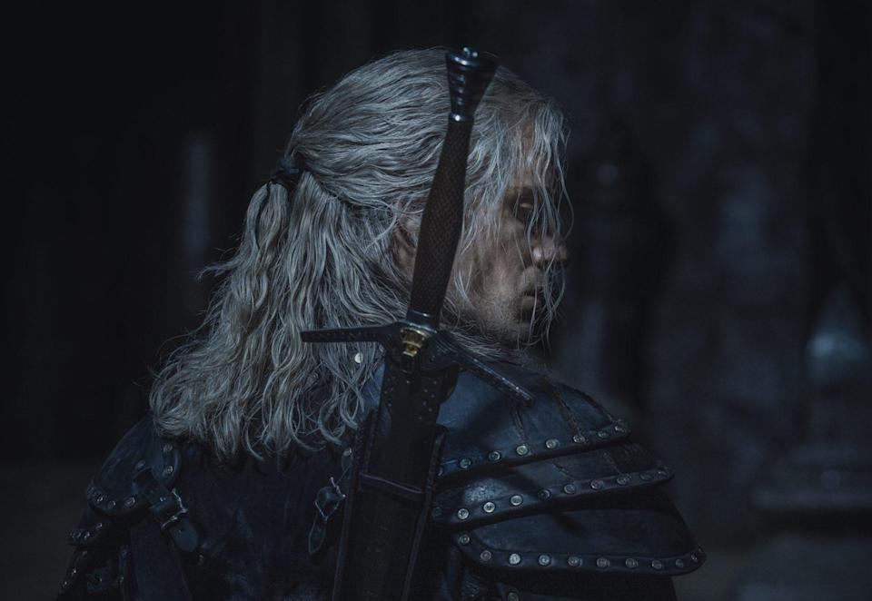 Henry Cavill Shares First Photos from THE WITCHER Season 2_1