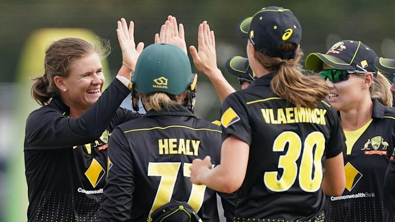 Jess Jonassen took five cheap wickets to close out Australia's T20 tri-series final win over India
