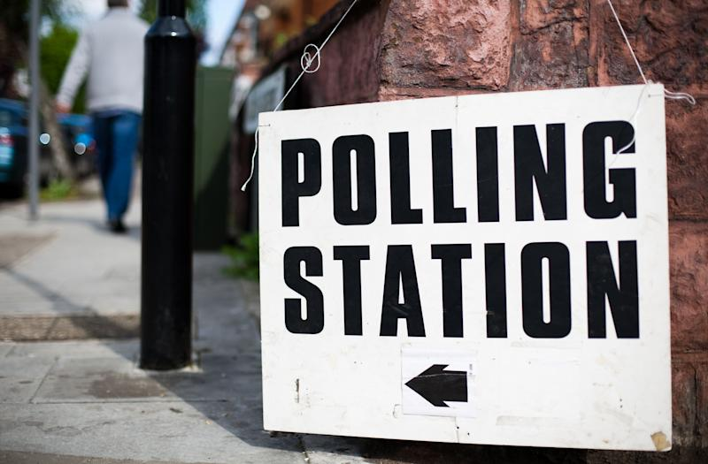 Directions to a polling station for a UK general election, European election or local election. Shallow depth of field. (Photo: TylaArabas via Getty Images)