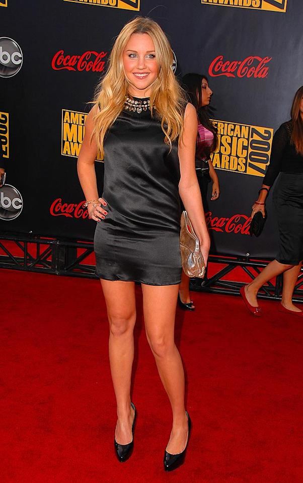 "We're not sure if Amanda Bynes can sit down in her dangerously short dress. Steve Granitz/<a href=""http://www.wireimage.com"" target=""new"">WireImage.com</a> - November 18, 2007"