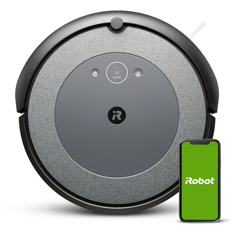The iRobot Roomba® i3+ takes vacuuming off your plate with intelligent navigation, Clean Base® Automatic Dirt Disposal, personalized cleaning and a new look.