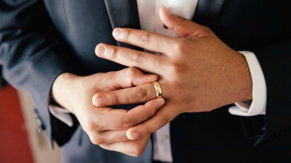 New Aussie study reveals that those working in finance are most likely to cheat on their partner. Photo: Getty Images