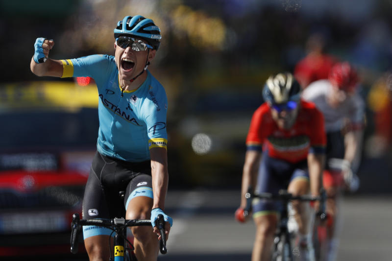 Nielsen clinches stage, Thomas retains yellow