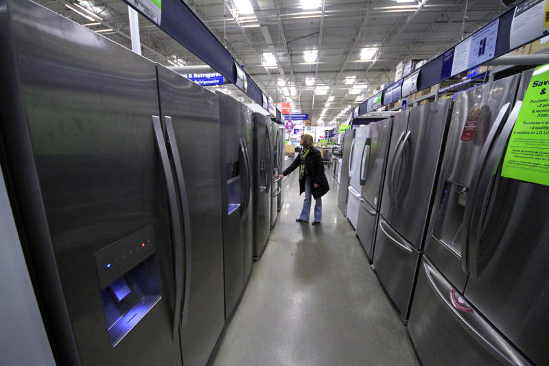 Durable goods orders up, but key category weakens