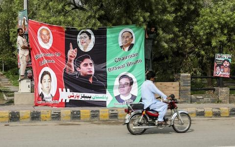Campaign Posters In Lahore - Credit: BLOOMBERG