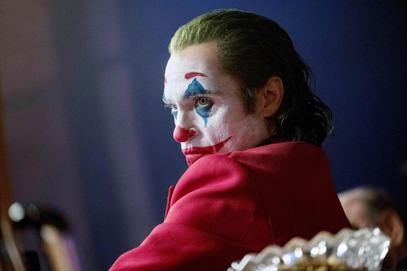 As the Joker, Joaquin Phoenix wore a broccoli green colored wig (Photo: Niko Tavernise / © Warner Bros. / courtesy Everett Collection)