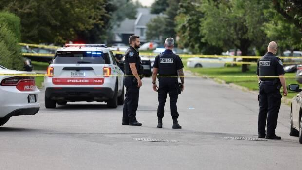 A report from a group of independent researchers found that Repentigny police are about three times more likely to stop a Black resident than a white resident.  (Mathieu Wagner/Radio-Canada - image credit)