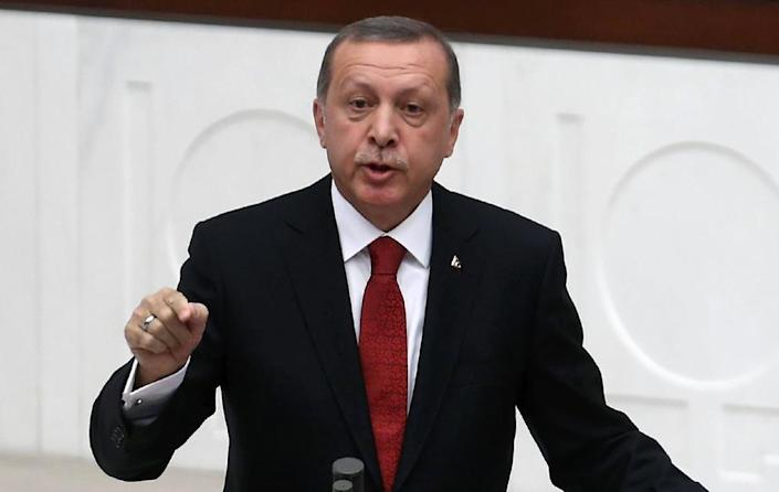 """Turkish President Recep Tayyip Erdogan says Russia is making a """"grave mistake"""" in Syria (AFP Photo/Adem Altan)"""