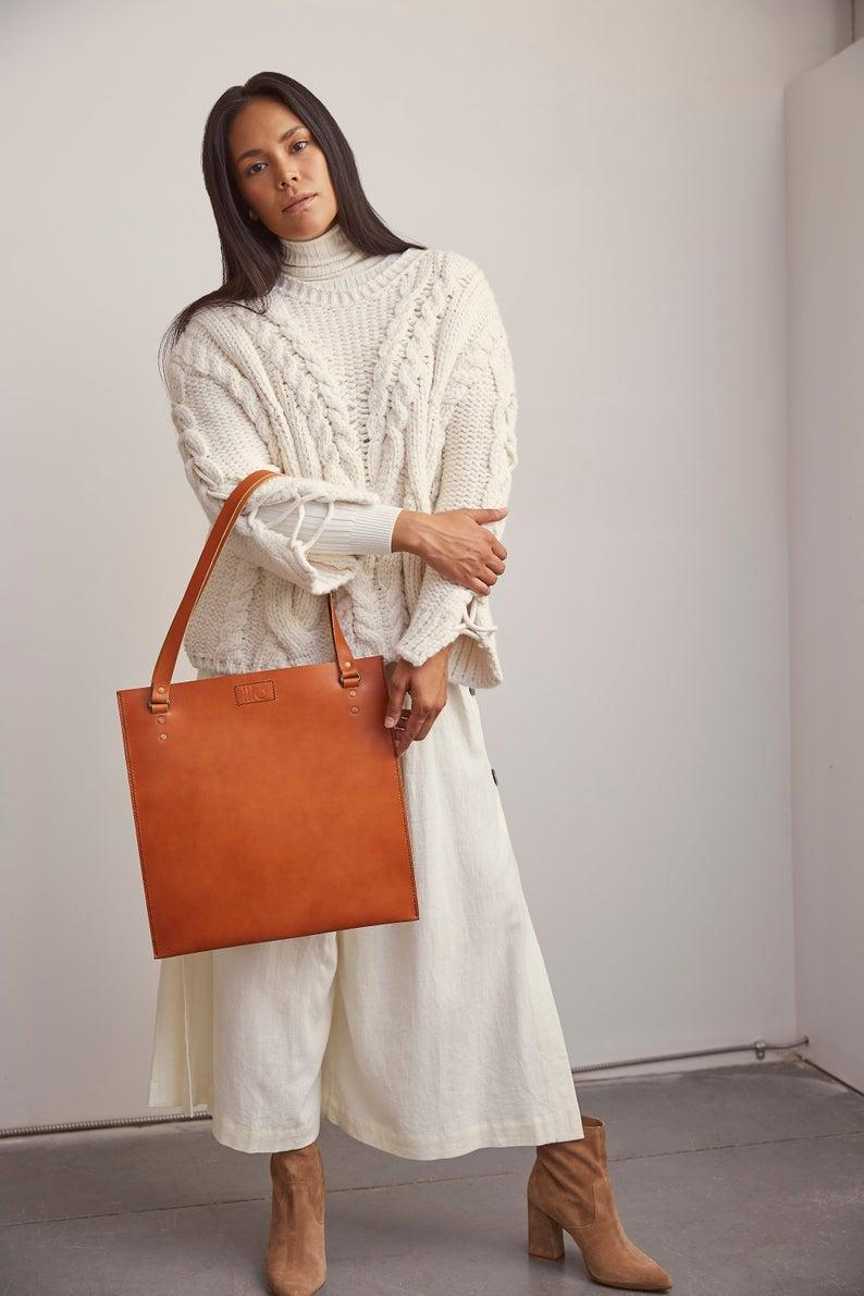 Illo Leather DICTC Vegetable Leather Tote in Tan