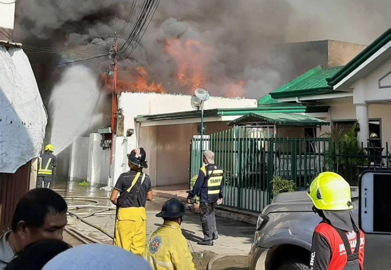 Barangay execs release P800,000 for fire victims in Casuntingan