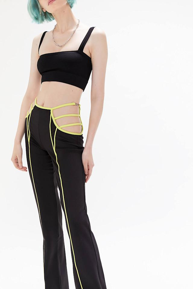 "<p>Pair that crop top with these <a href=""https://www.popsugar.com/buy/IAMGIA-Saskia-Strappy-Cutout-Pants-481785?p_name=I.AM.GIA%20Saskia%20Strappy%20Cutout%20Pants&retailer=urbanoutfitters.com&pid=481785&price=99&evar1=fab%3Auk&evar9=46516221&evar98=https%3A%2F%2Fwww.popsugar.com%2Ffashion%2Fphoto-gallery%2F46516221%2Fimage%2F46516224%2FIAMGIA-Saskia-Strappy-Cutout-Pant&list1=shopping%2Challoween%2Challoween%20costumes%2Ceuphoria&prop13=api&pdata=1"" rel=""nofollow"" data-shoppable-link=""1"" target=""_blank"" class=""ga-track"" data-ga-category=""Related"" data-ga-label=""https://www.urbanoutfitters.com/shop/iamgia-saskia-strappy-cutout-pant?category=SEARCHRESULTS&amp;color=001"" data-ga-action=""In-Line Links"">I.AM.GIA Saskia Strappy Cutout Pants</a> ($99), and channel Maddy at the carnival.</p>"