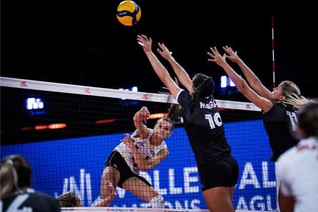 Canada suffered a 3-0 defeat (26-24, 25-17, 25-17) at the hands of Belgium in women's Volleyball Nations League action on Sunday in Rimini, Italy. (VNL - image credit)