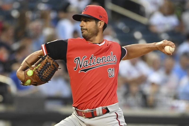 Milwaukee Brewers acquire Gio Gonzalez from Washington Nationals