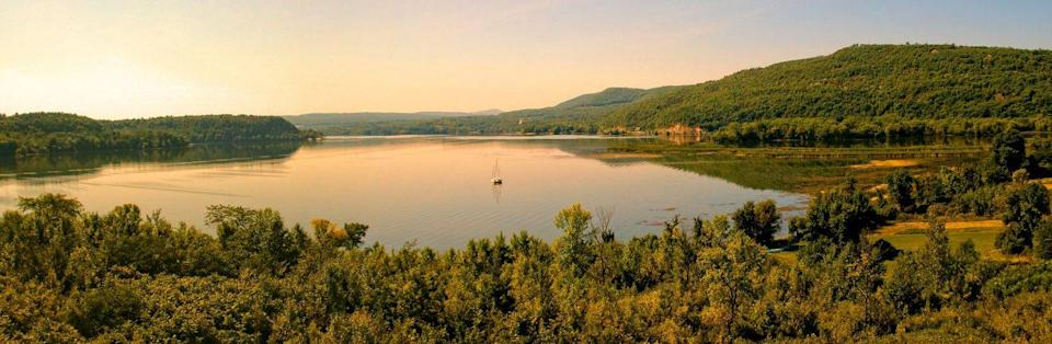 <p><strong>Lake Champlain</strong> is situated along the New York-Vermont-Quebec border. It is fairly remote, making it one of the more serene spots. </p>