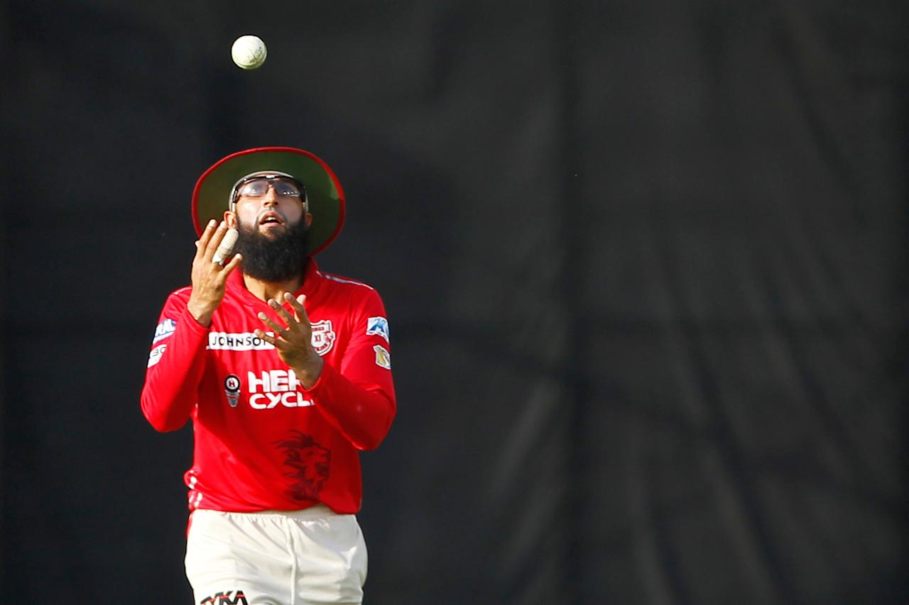 <p>Hashim Amla of Kings XI Punjab during match 36 of the Vivo 2017 Indian Premier League between the Kings XI Punjab and the Delhi Daredevils held at the Punjab Cricket Association IS Bindra Stadium in Mohali, India on the 30th April 2017<br />Photo by Deepak Malik – Sportzpics – IPL </p>
