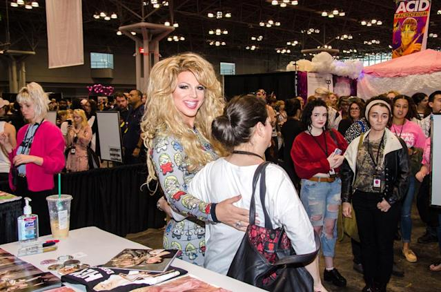 Drag queen fans got the royal treatment at RuPaul's DragCon. (Photo: The Drunken Photographer for Yahoo)