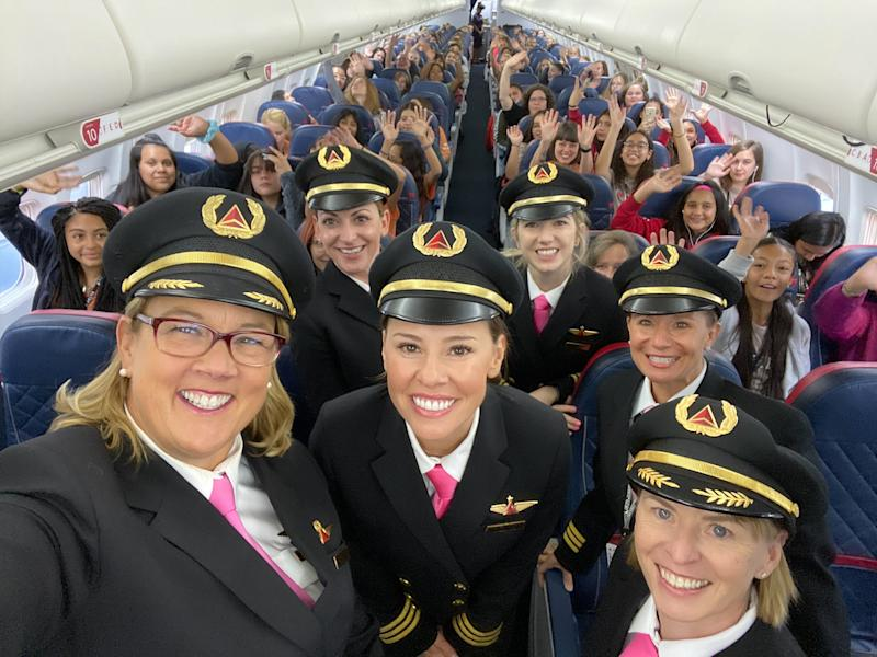 An All-Female Flight Crew Took 120 Girls to NASA in an Initiative to Close Aviation's Gender Gap