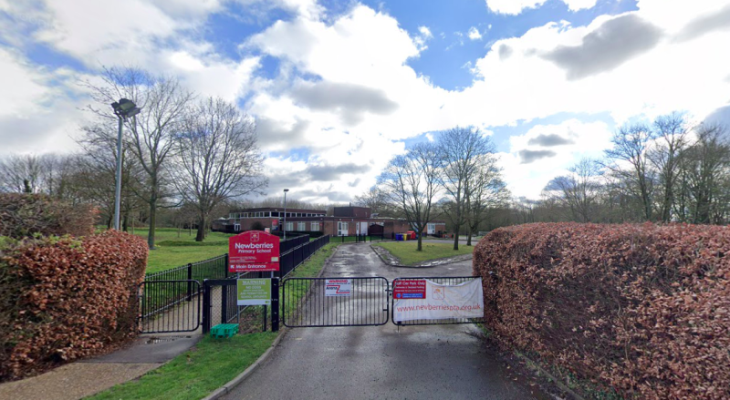 The teacher was sacked from Newberries Primary School in Radlett, Hertfordshire (Google)