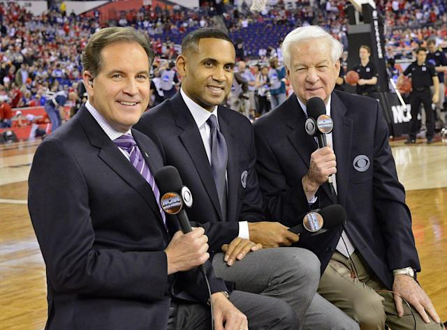 "Jim Nantz, <a class=""link rapid-noclick-resp"" href=""/ncaaf/players/258901/"" data-ylk=""slk:Grant Hill"">Grant Hill</a> and Bill Raftery. (via CBS Sports)"