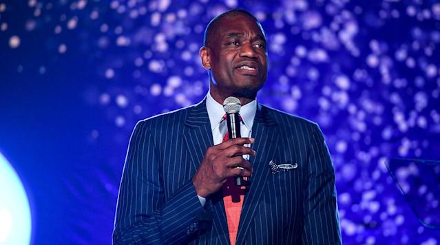 Dikembe Mutombo will be the recipient of the second ever Sager Strong Award at the 2018 NBA Awards in June, the league announced Tuesday.