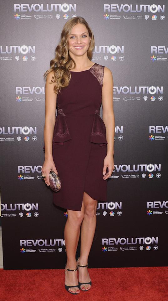 """NEW YORK, NY - SEPTEMBER 17: Actress Tracy Spiridakos attends the """"Revolution: The Power of Entertainment"""" season two premiere at United Nations Headquarters on September 17, 2013 in New York City. (Photo by Michael Loccisano/Getty Images)"""