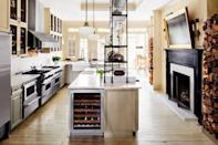 """<p> Wherever your fireplace is—in this case, <a href=""""https://www.elledecor.com/design-decorate/house-interiors/a36502334/darryl-carter-washington-townhouse/"""" rel=""""nofollow noopener"""" target=""""_blank"""" data-ylk=""""slk:a bright kitchen in Washington, D.C."""" class=""""link rapid-noclick-resp"""">a bright kitchen in Washington, D.C.</a>—surround it with stacks of firewood. It's another easy way to bring the outdoors in, and it will save you a trip outside! </p>"""