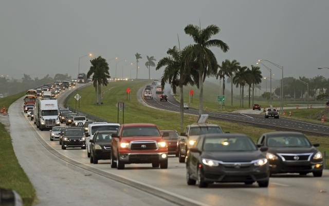 <p>Traffic is seen heading North along the Florida Turnpike near Homestead, Fla. as tourists in the Florida Keys leave town on Wednesday, Sept. 6, 2017. (Photo: Al Diaz/Miami Herald via AP) </p>