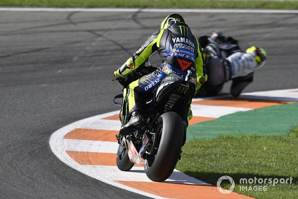 "Defekt: Valentino Rossi, Yamaha Factory Racing <span class=""copyright"">Gold and Goose / Motorsport Images</span>"