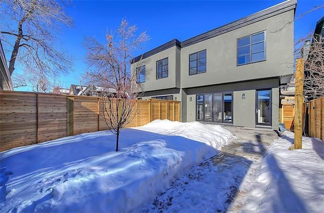 "<p><a href=""https://www.zoocasa.com/west-hillhurst-calgary-ab-real-estate/5114231-2539-7-av-nw-west-hillhurst-calgary-ab-t2n1a5-c4167676"" rel=""nofollow noopener"" target=""_blank"" data-ylk=""slk:2539 7 Ave. Northwest, Calgary, Alta."" class=""link rapid-noclick-resp"">2539 7 Ave. Northwest, Calgary, Alta.</a><br> The home has a detached garage, recently updated roof, and fenced back yard.<br> (Photo: Zoocasa) </p>"