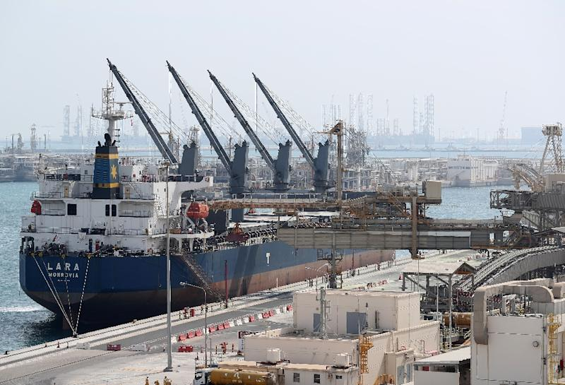 Qatar opens channels with Oman ports amid Gulf crisis