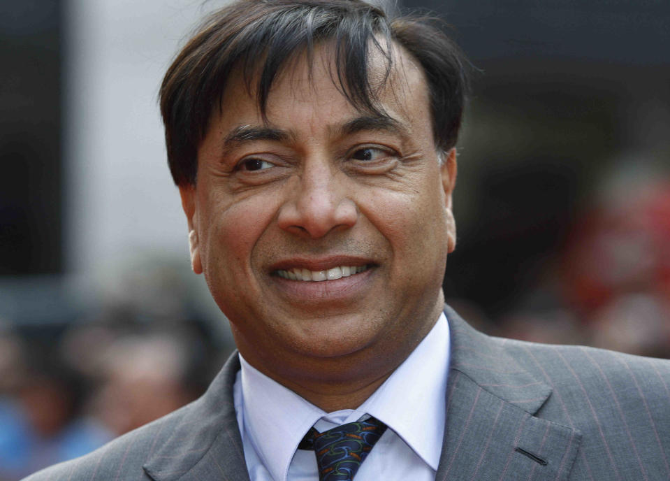Indian steel magnate and billionaire Lakshmi Mittal arrives for the European film premiere of the film 'Kites', in London, Tuesday, May 18, 2010. (AP Photo/Lefteris Pitarakis)