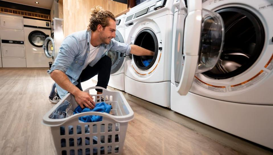 6 tips for doing your laundry in a laundromat