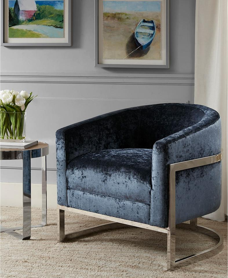 """<p>This <a href=""""https://www.popsugar.com/buy/Madison-Park-Jax-Accent-Chair-472504?p_name=Madison%20Park%20Jax%20Accent%20Chair&retailer=macys.com&pid=472504&price=1%2C059&evar1=casa%3Aus&evar9=46610365&evar98=https%3A%2F%2Fwww.popsugar.com%2Fhome%2Fphoto-gallery%2F46610365%2Fimage%2F46610383%2FMadison-Park-Jax-Accent-Chair&list1=shopping%2Cmacys%2Chome%20shopping&prop13=api&pdata=1"""" rel=""""nofollow"""" data-shoppable-link=""""1"""" target=""""_blank"""" class=""""ga-track"""" data-ga-category=""""Related"""" data-ga-label=""""https://www.macys.com/shop/product/jax-accent-chair-quick-ship?ID=5110193&amp;CategoryID=176345#fn=sp%3D1%26spc%3D52%26ruleId%3D78%7CBOOST%20ATTRIBUTE%7CBOOST%20SAVED%20SET%26searchPass%3DmatchNone%26slotId%3D17"""" data-ga-action=""""In-Line Links"""">Madison Park Jax Accent Chair</a> ($1,059) also comes in a pretty neutral shade.</p>"""